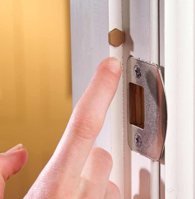 Como evitar los golpes en las puertas de los armarios