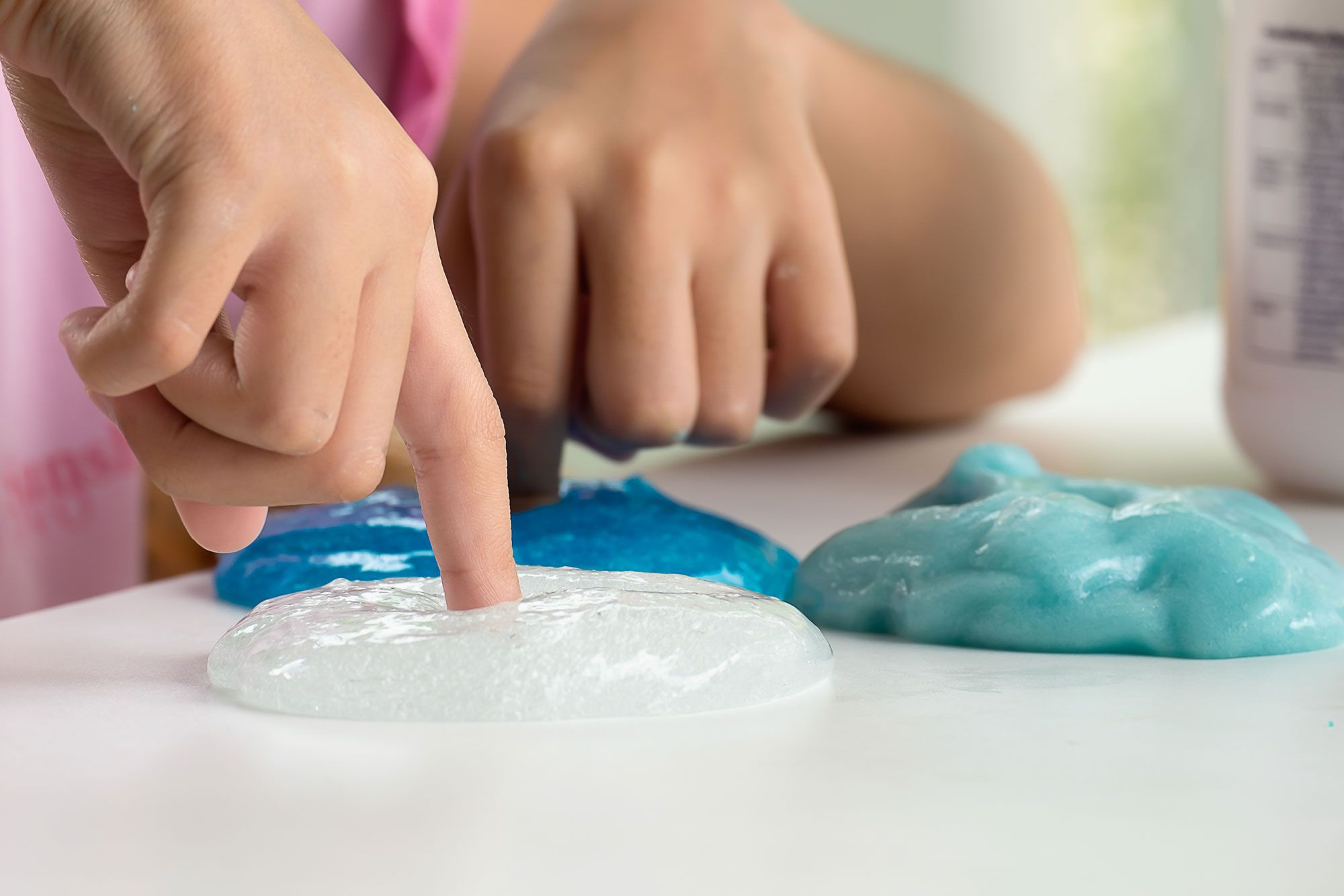 Aprende a preparar Slime casero con maicena