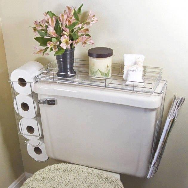 Las estanterías cerca del inodoro pueden ser necesarias