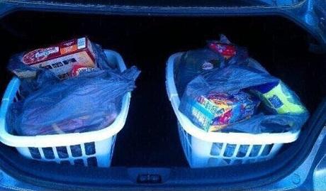 Cestas de ropa para las bolsas de la compra